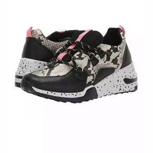 NEW Madden Girl Akima Leopard Snake Print Sneaker